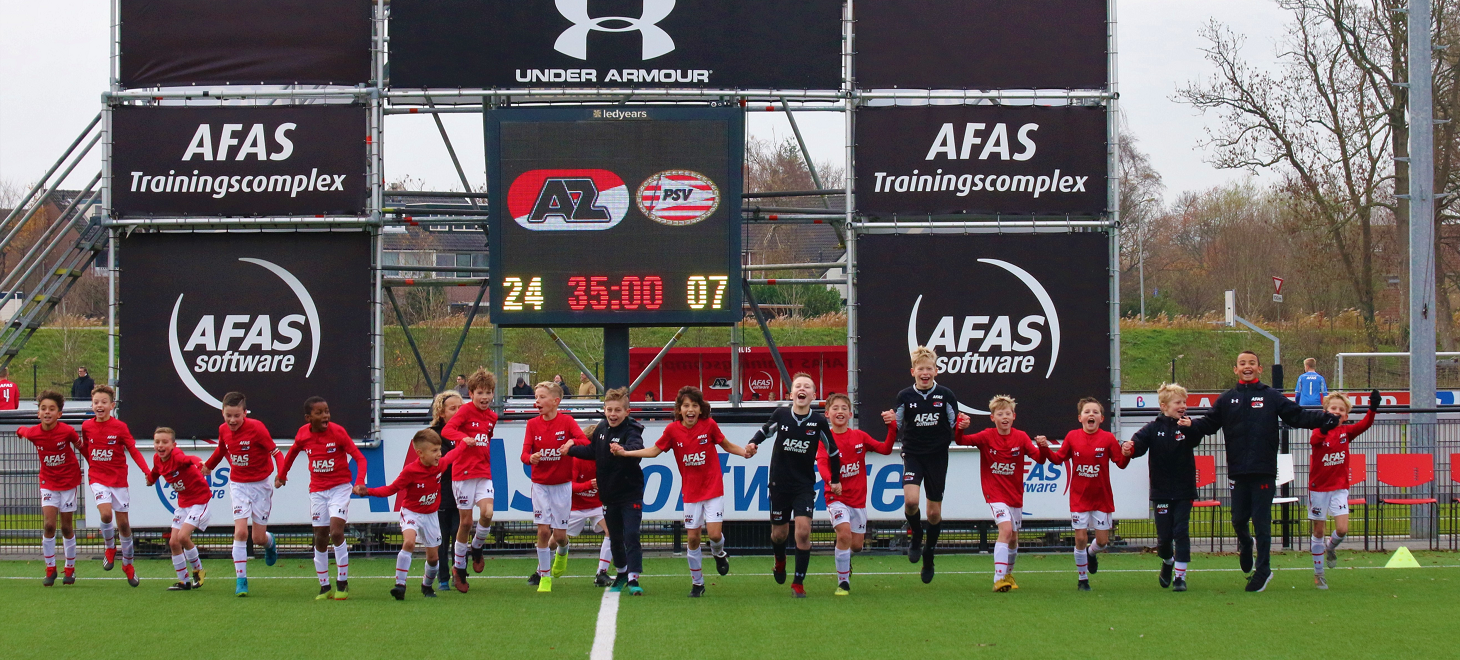 AZ Onder 11 haalt uit tegen PSV