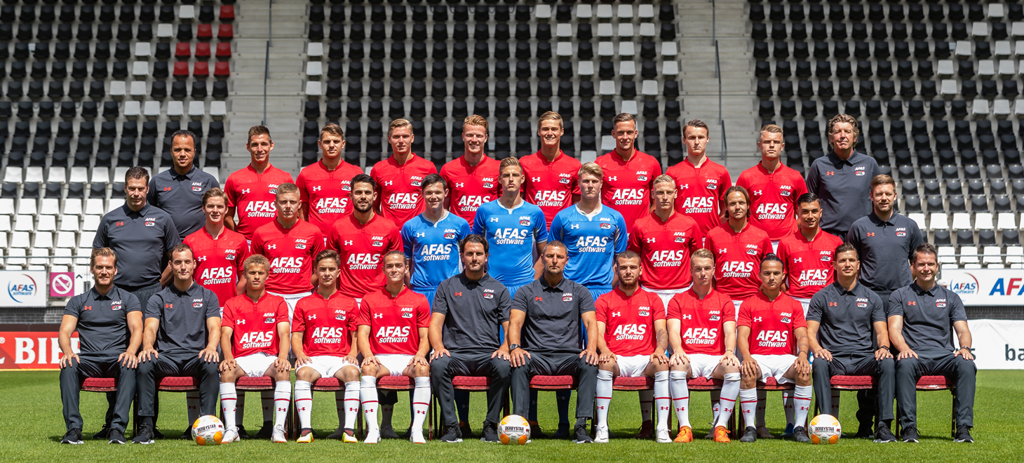 Jong AZ treft Dordrecht in Zaanstad