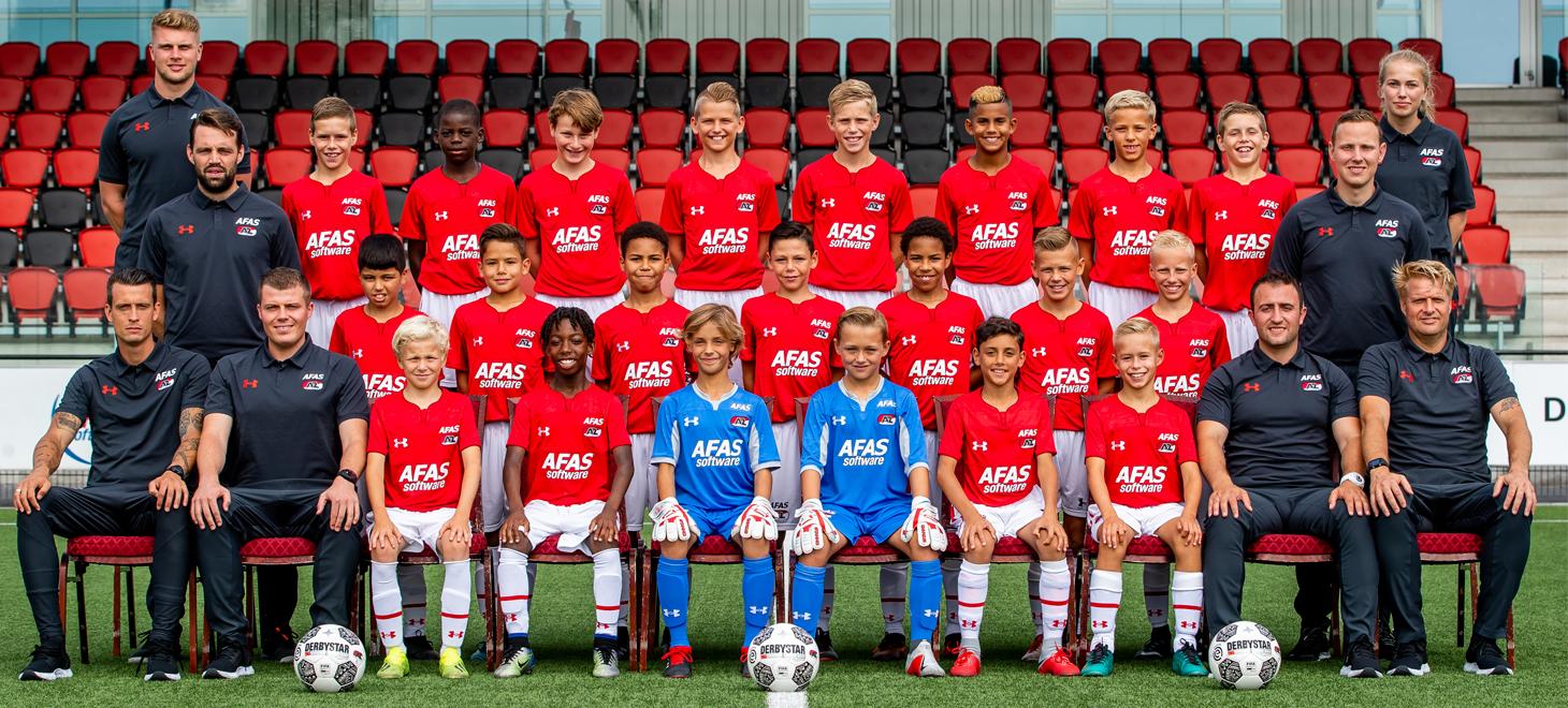 AZ Onder 12 wint in Eindhoven