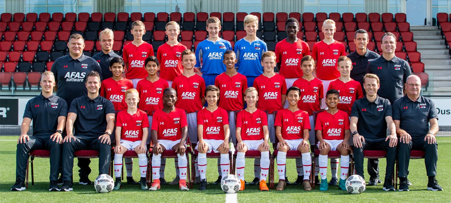 AZ Onder 13 na rust langs PSV