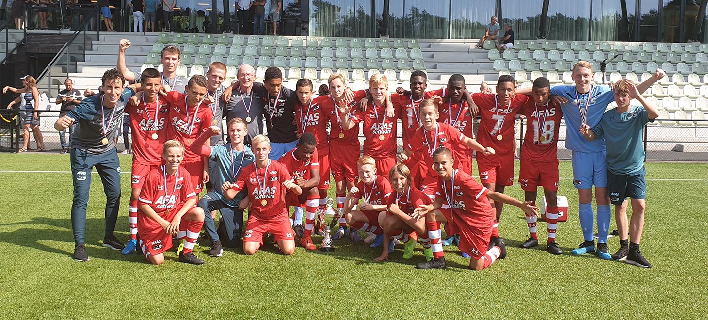 AZ Onder 15 wint Supercup