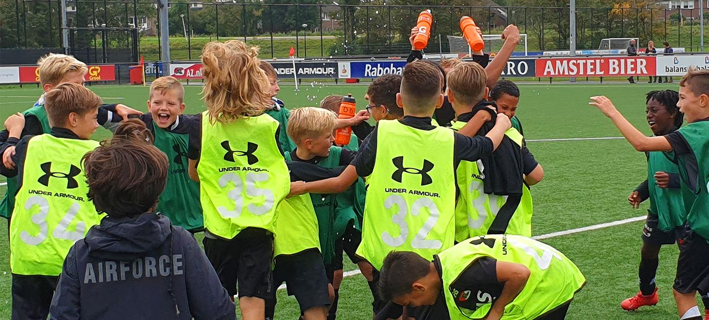 Veel spektakel op Voetbalschool Toernooi