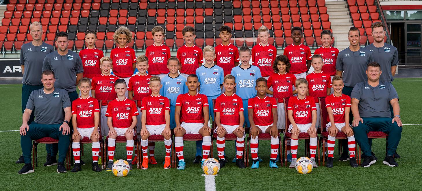 AZ Onder 12 wint ruim bij Ajax