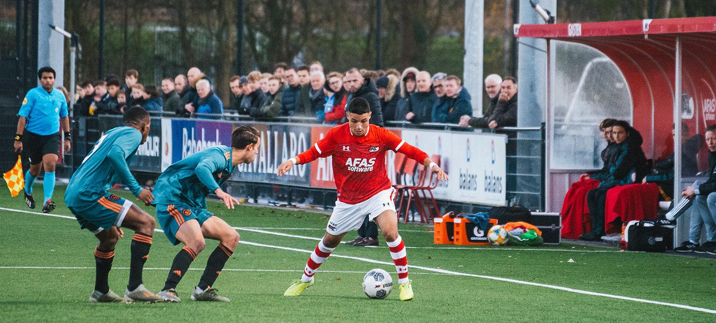 AZ Onder 19 en Ajax in balans