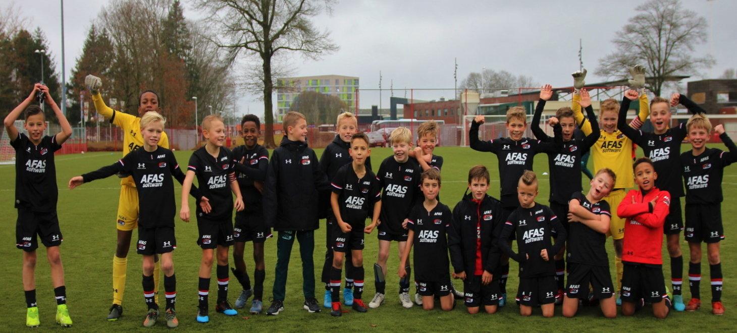 AZ Onder 11 klopt Twente