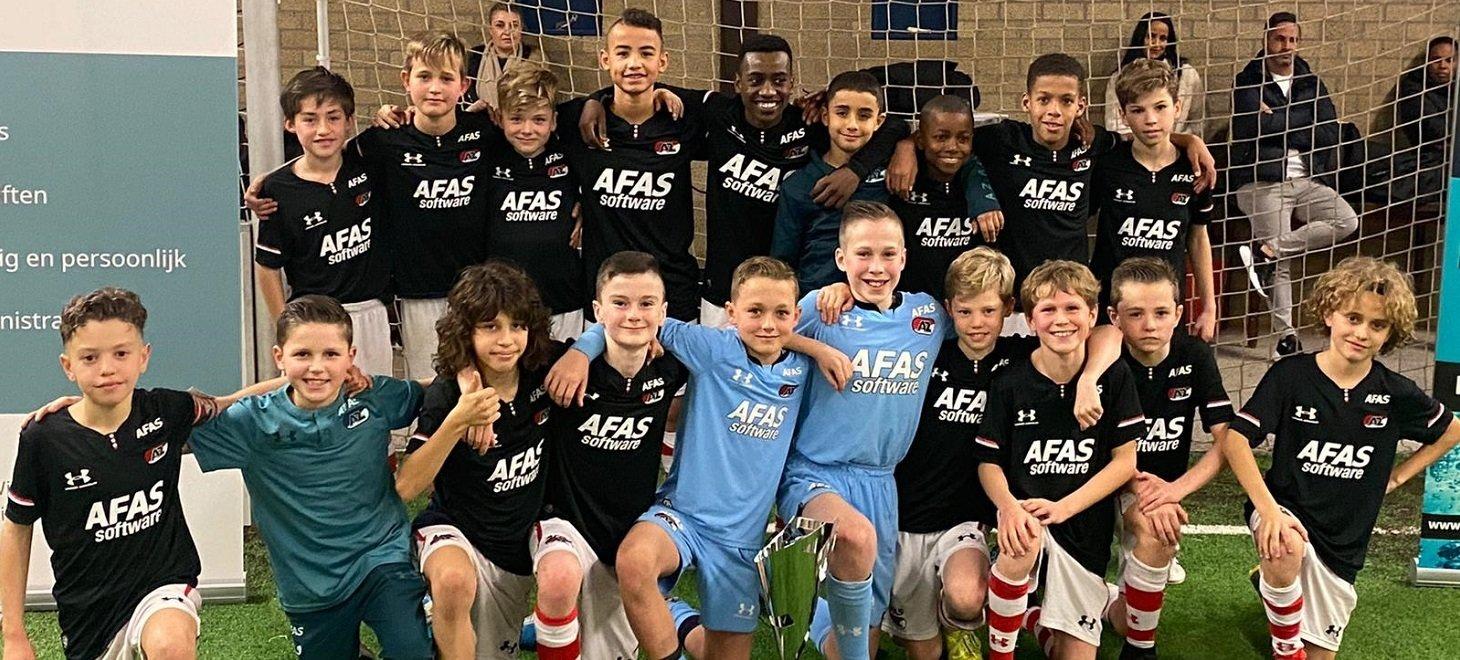 AZ Onder 12 wint indoorcup Horst