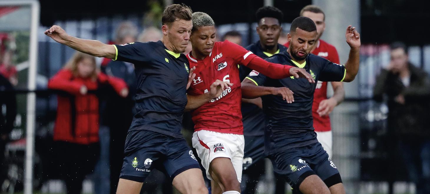 Jong AZ sluit jaar af met derby