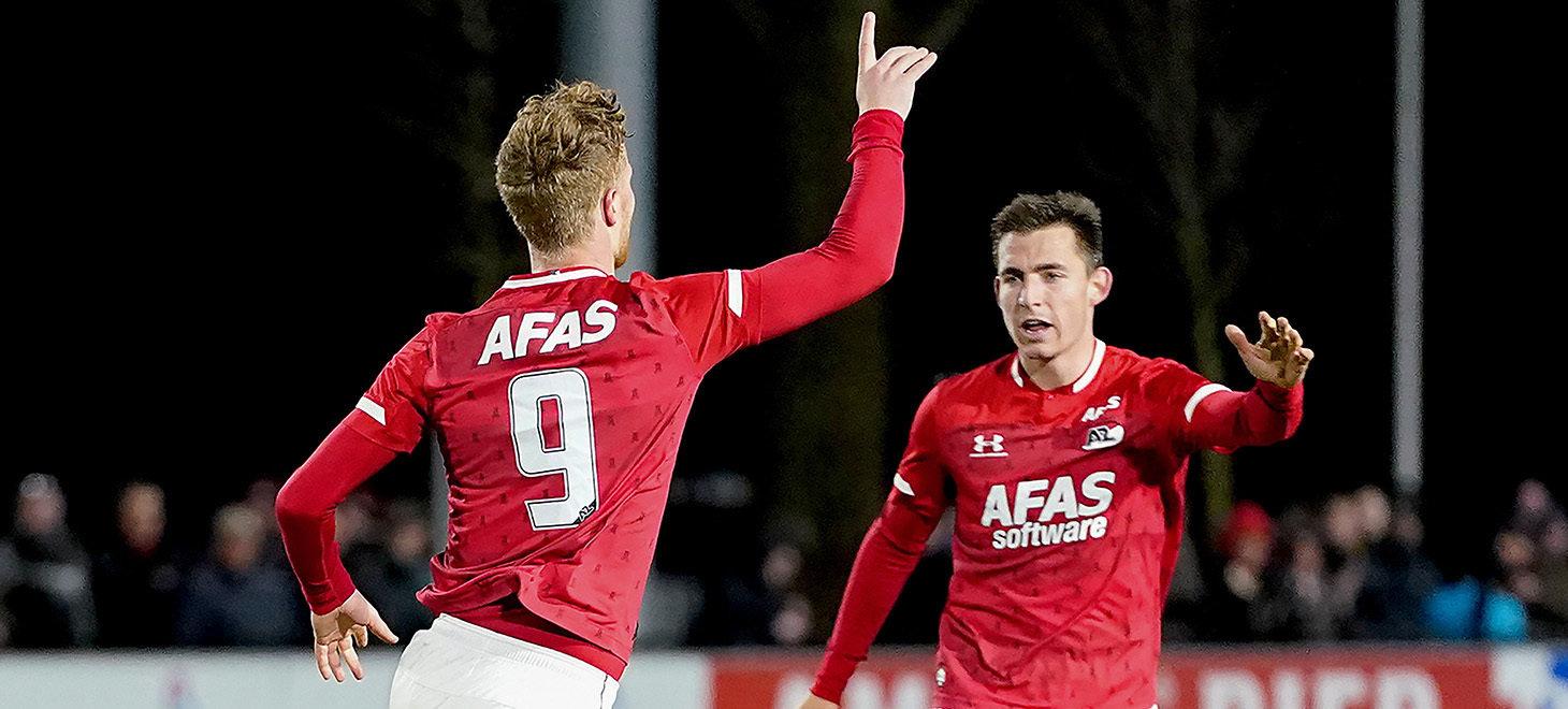 Jong AZ pakt punt in derby