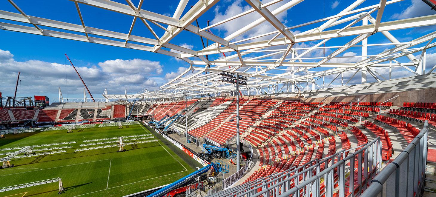 Update: bouw stadiondak in beeld