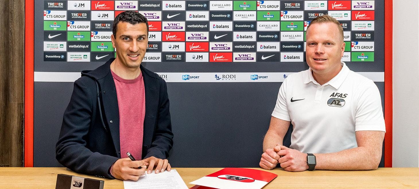 Martens nieuwe trainer Jong AZ