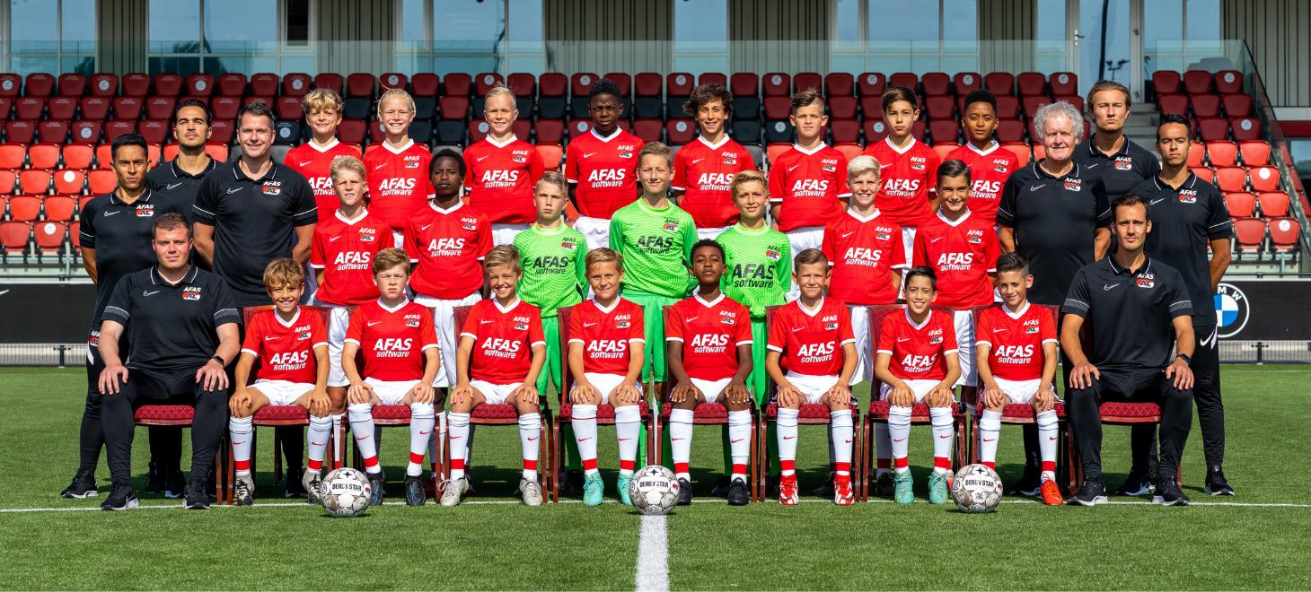 AZ Onder 12 wint bij Utrecht