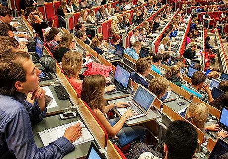Hogeschool van Amsterdam | Relatiebeheersysteem | Holder