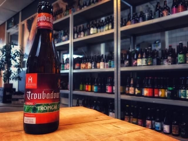 Troubadour Magma Tropical van Brouwerij The Musketeers