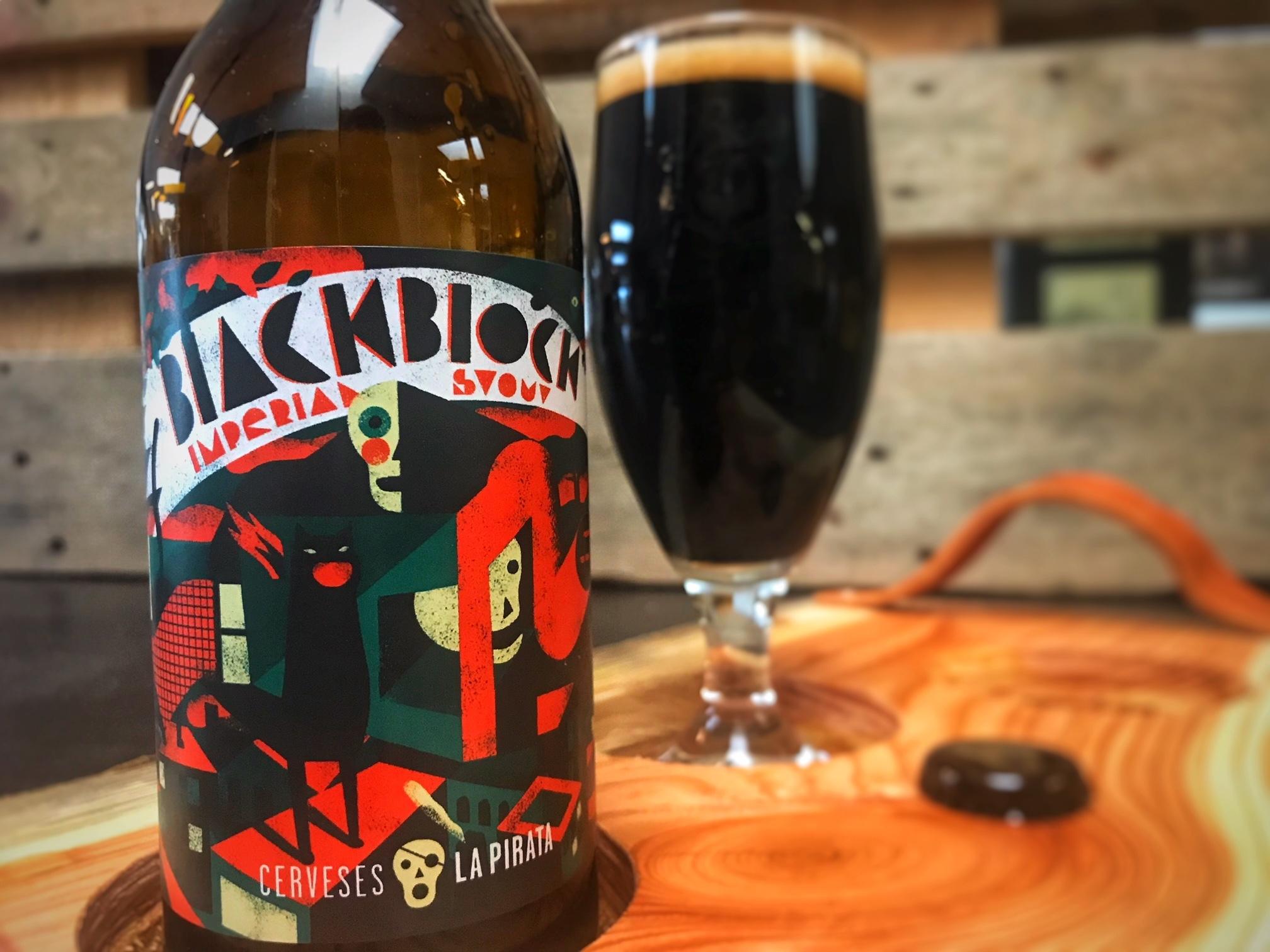 Black Block van Cerveses La Pirata